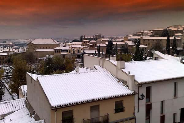 Where does it snow in Spain?