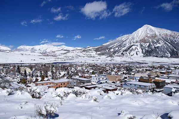 Does it snow in Colorado?